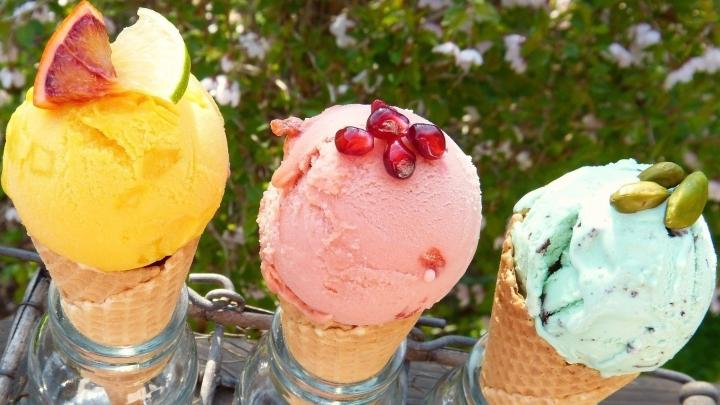 ice-cream-2202605_1920