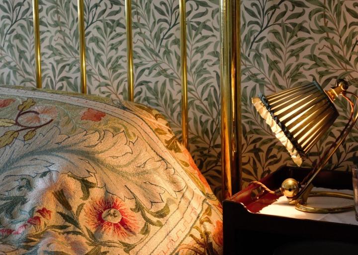 william morris bedroom