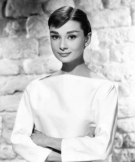 440px-Audrey_Hepburn_1956